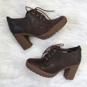 Timberland Brown Leather Camdale Oxford Booties